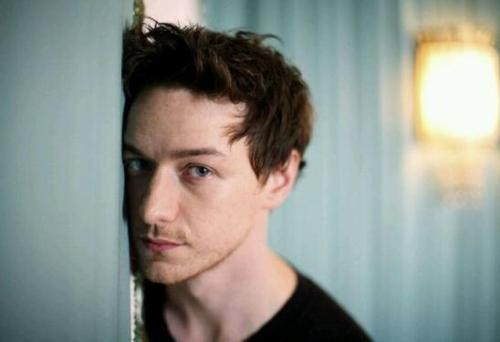 外形俊美、英伦范十足的英国男明星,高颜值预警